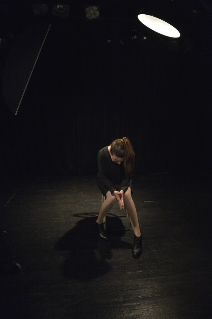 """""""L'AMANTE ANGLAISE"""" 1 Cie BANQUET D'AVRIL Texte : Marguerite Duras Mise en scène : MONIQUE HERVOUET avec : BERTRAND DUCHER, DIDIER ROYANT & DELPHINE LAMAND"""